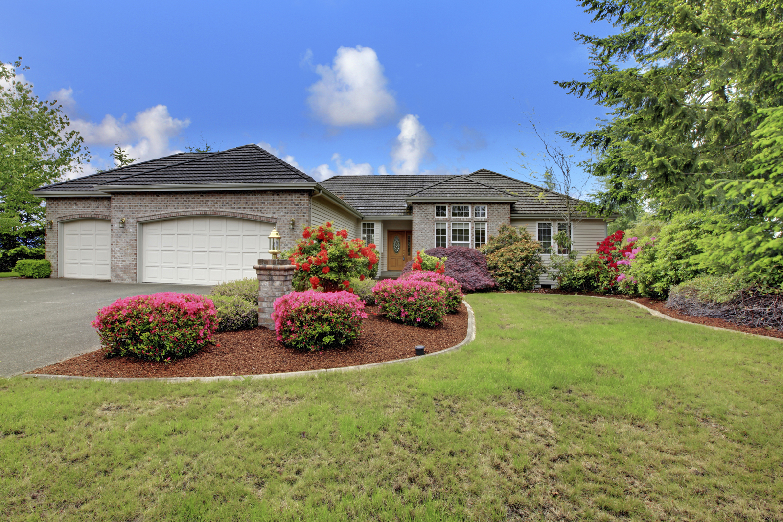 Adding Curb Appeal to Entice Buyers