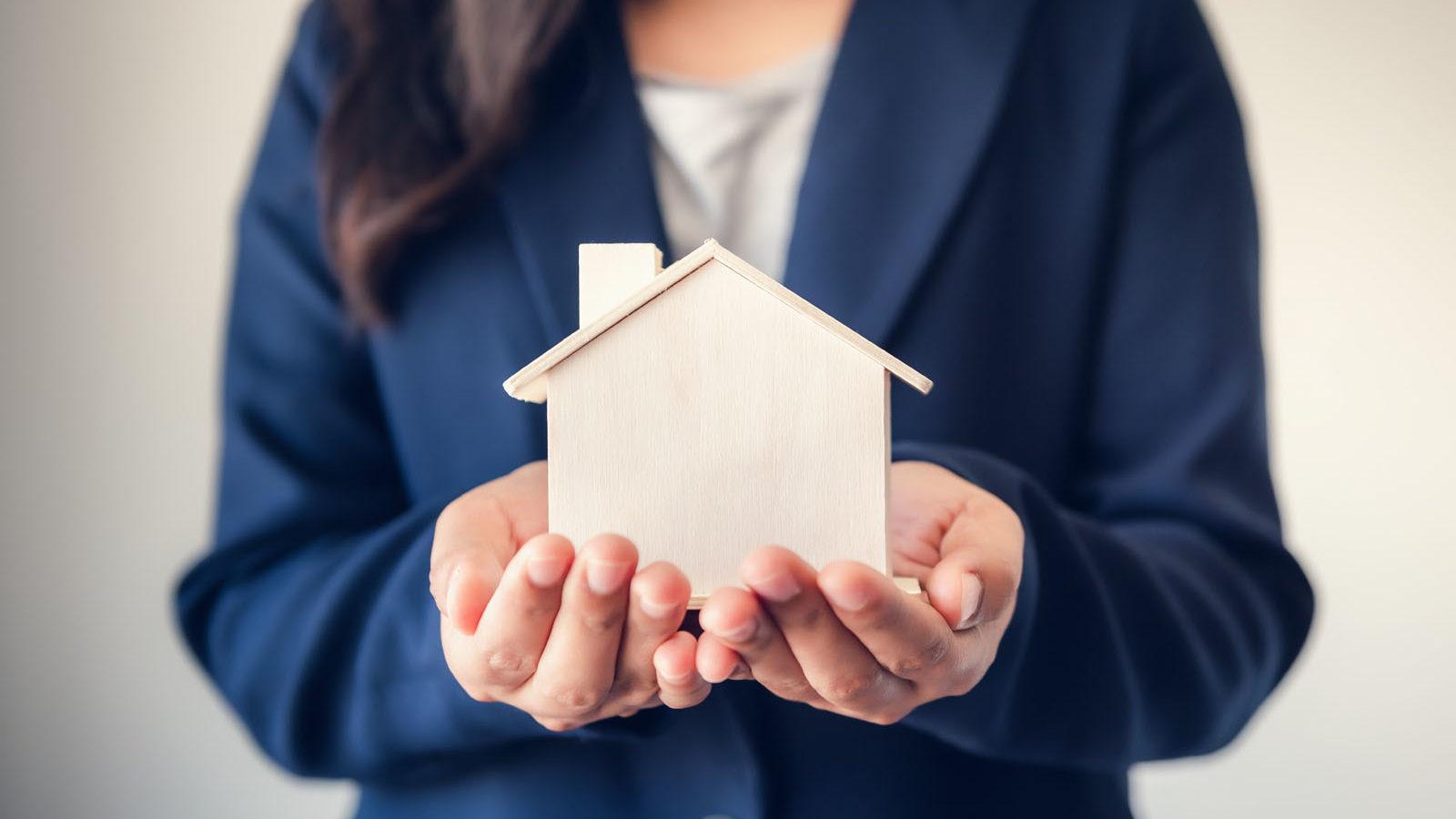 what do real estate agents do, Sarah Bernard Realty